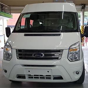 Ford Transit Luxury Mới. Giá hấp dẫn + Nhiều ưu đãi