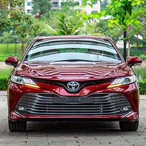 Chiếc sedan đáng mua nhất Camry 2021: Giá bán, quà tặng, khuyến mại.