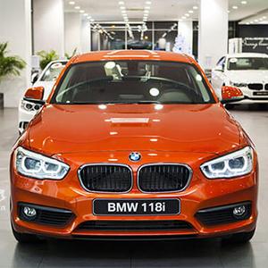 BMW 118i 2021 Đánh giá chi tiết: Báo giá và khuyến mại.
