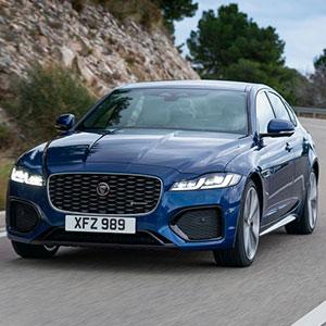 Jaguar XF 2021 xe dành cho doanh nhân, giá và khuyến mại hấp dẫn.