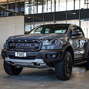 Ford Ranger Raptor 2020 giá bán mới nhất - giảm tiền mặt - tặng kèm phụ kiện chính hãng.